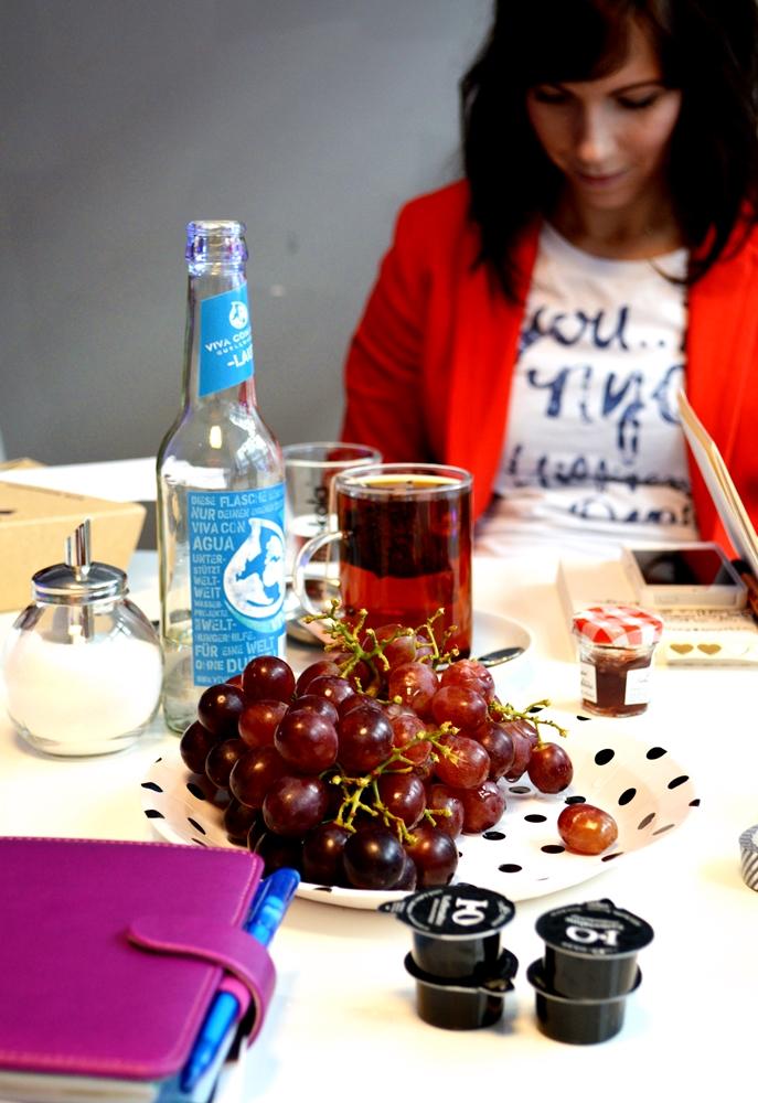 Tisch Mädchen mit Herz