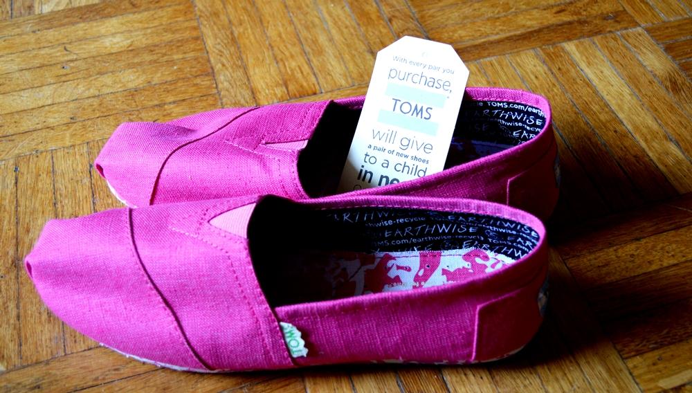Toms Vegan Pink