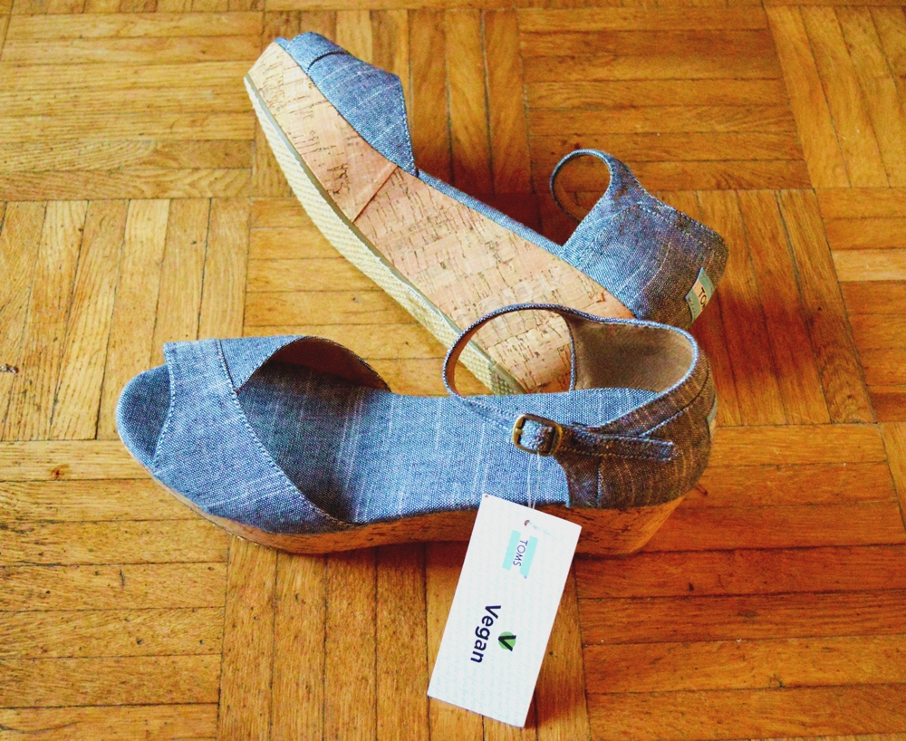 Wedges Toms Vegan 1