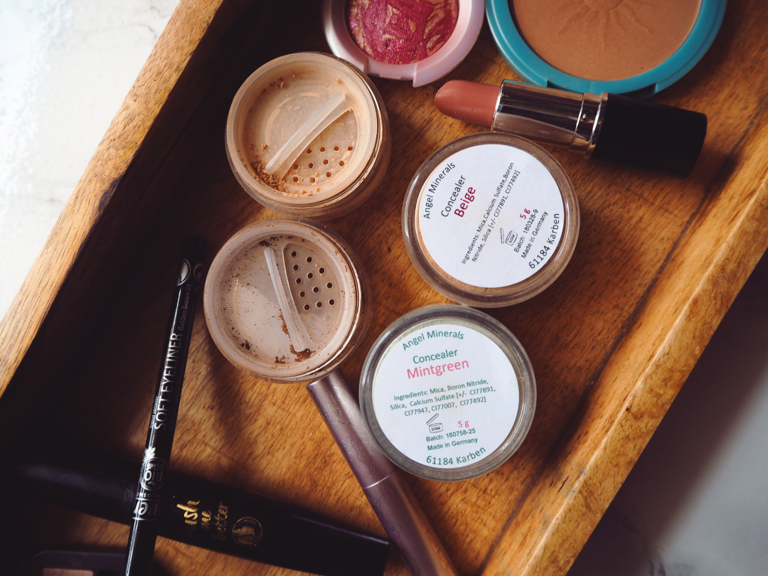 All Organic Make Up mit Mineral Foundation