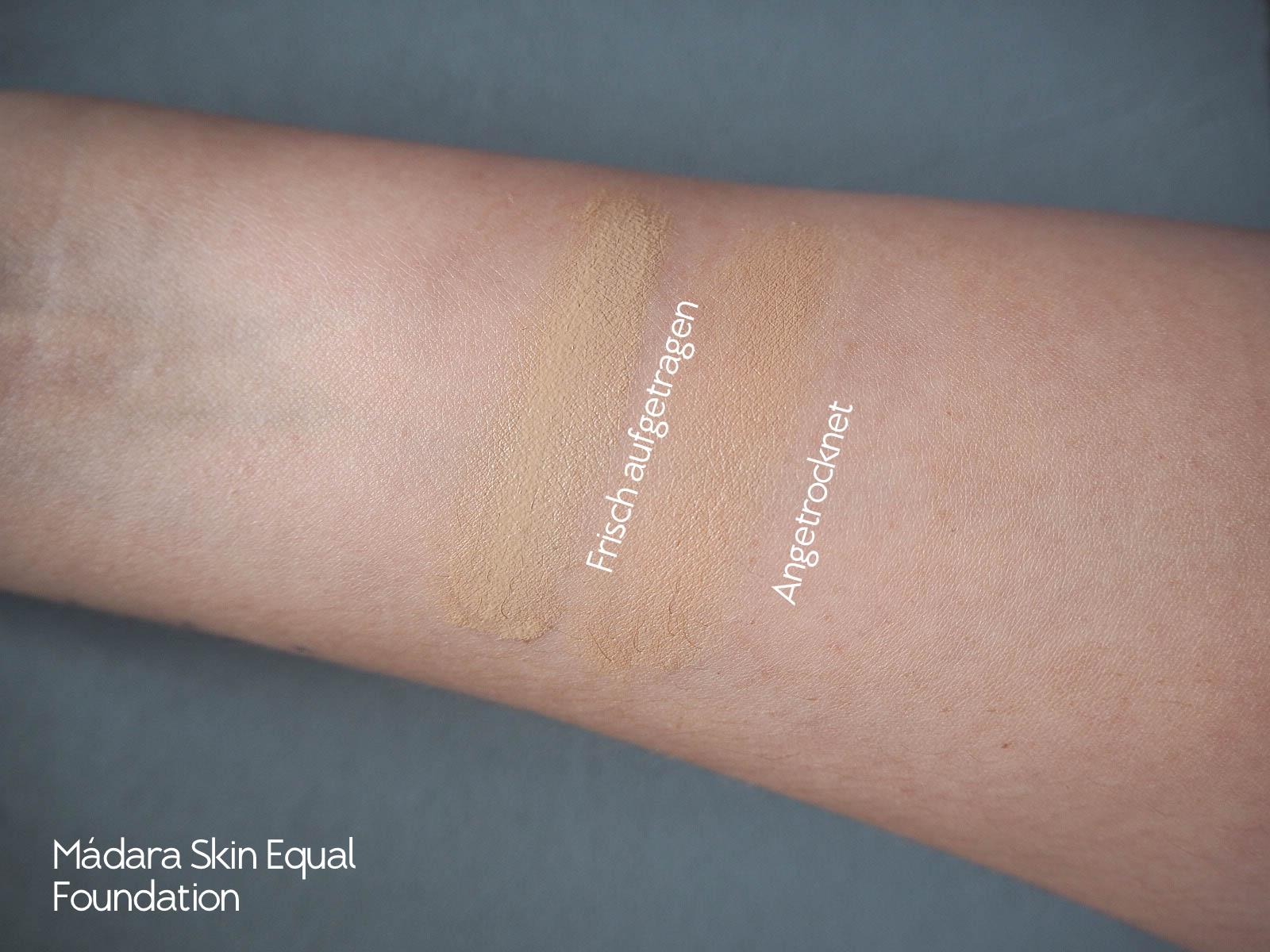 Skin Equal Foundation von Mádara