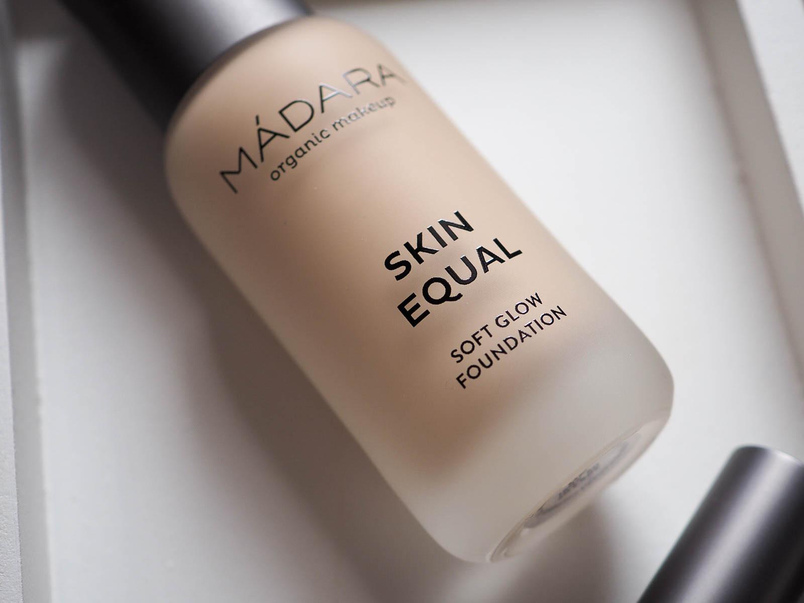 Mádara Skin Equal Foundation Test